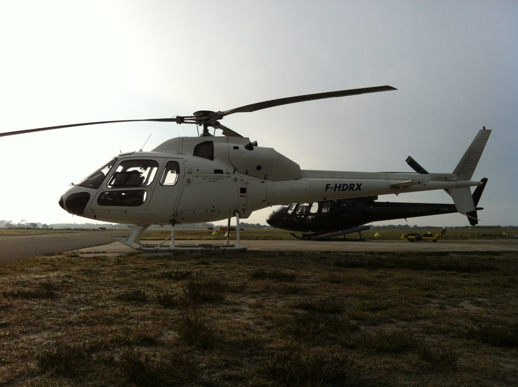 Hélicoptères Airbus Écureuil AS350&355