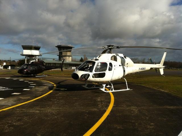 Jet Systems Hélicoptères Airbus Ecureuil AS350 et AS355 Aérodrome Arcachon Villemarie